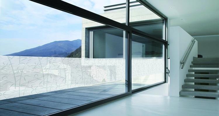 Le vitrage décoratif adapté à votre contexte d'habitation
